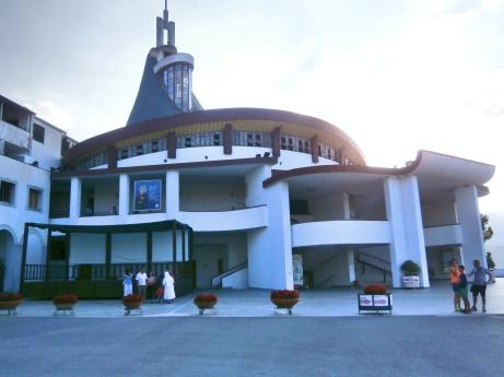 Basilica St. Gerard - Materdomini