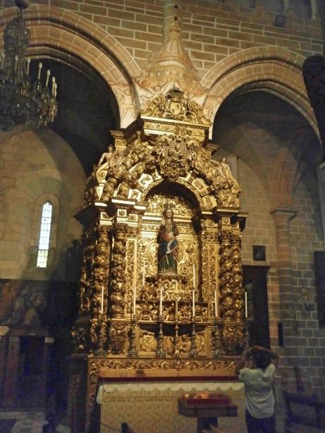 Évora Sé Cathedral - Pregnant Virgin Mary